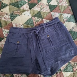 Medium wash indigo linen shorts